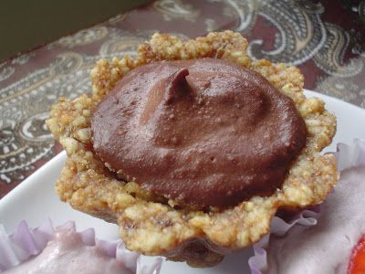 Chocolate Strawberry Raw Vegan Tartlets