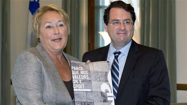 La première ministre Pauline Marois et le ministre Bernard Drainville le jour du dévoilement de la charte des valeurs