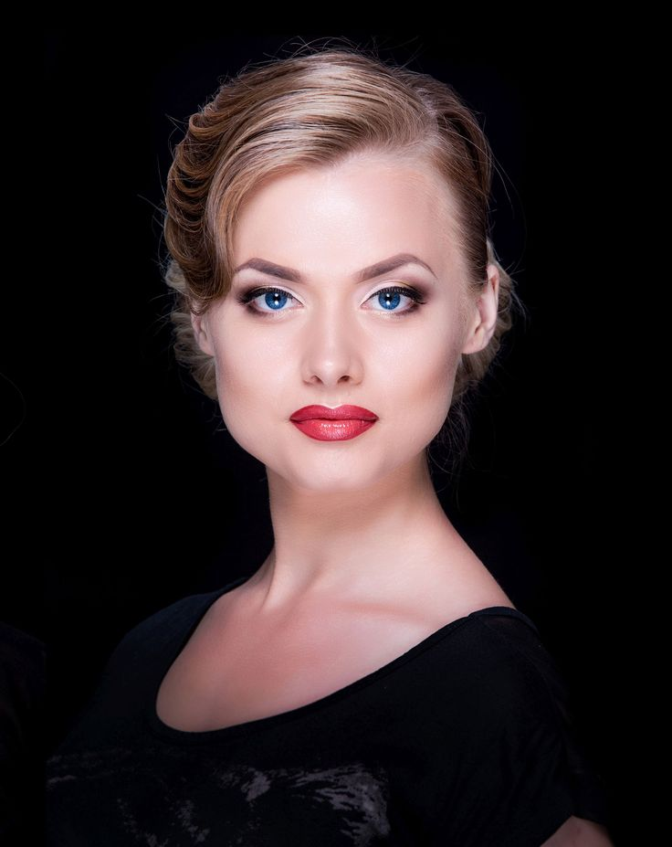 Beauty MUA: Anna Pro-Visage