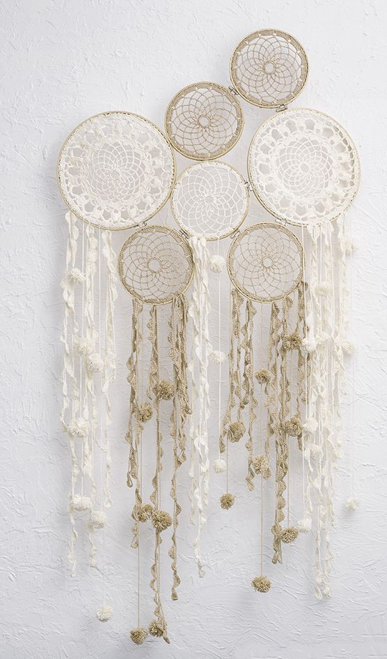 Crochet dream catcher by Patons Australia