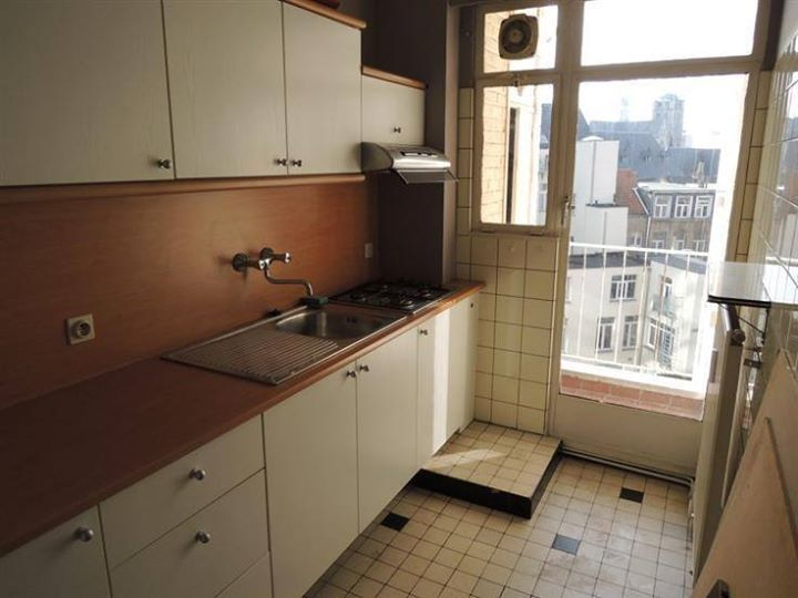 1000 Ideas About Ikea Galley Kitchen On Pinterest Galley Kitchens Galley Kitchen Layouts And