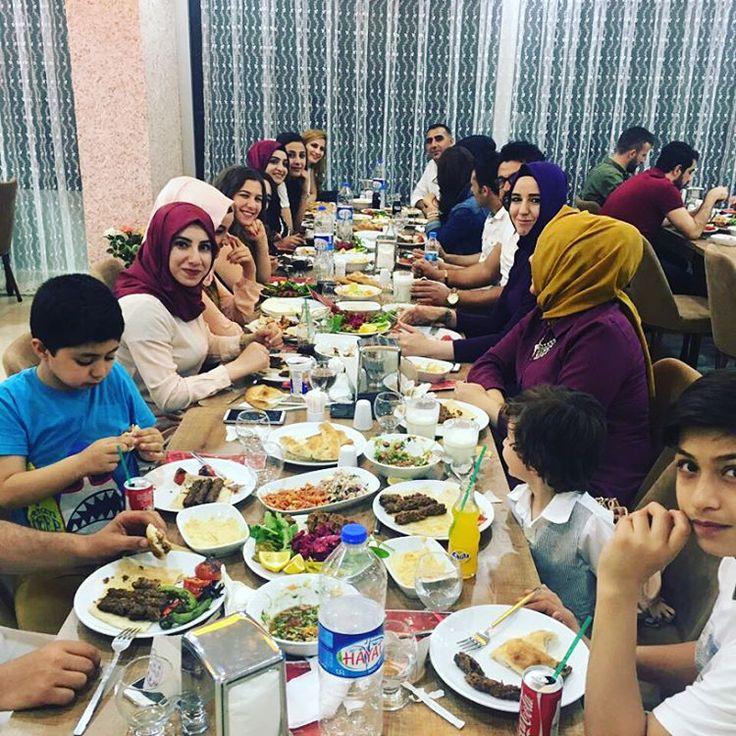 Amerikan Kültür Dil Okulu ve AKD Kids Anaokulu ve Kreş 'in Değerli Öğretmenleri ve Yöneticileri Akşam Yemeği için Bizi Tercih Ettiler..Ağırlamaktan Mutluluk Duyduk,Afiyet Olsun...#kebap #rıdo#kesman#eğitim#anaokulu #kreş#food #mardin #mardingezi#afiyetolsun #neşişyansınnekebap http://turkrazzi.com/ipost/1516185016849541519/?code=BUKkj1fFimP