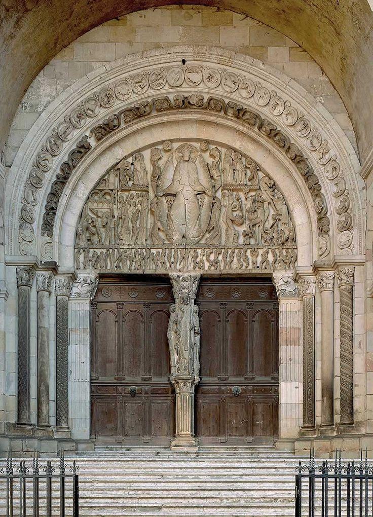 Vezelay-portal-1.jpg (Obraz JPEG, 1000×1386pikseli) - Skala (45%)