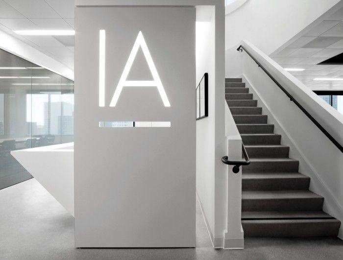 Ia Office La 6 700x531 Inside Ia Interior Architects Los