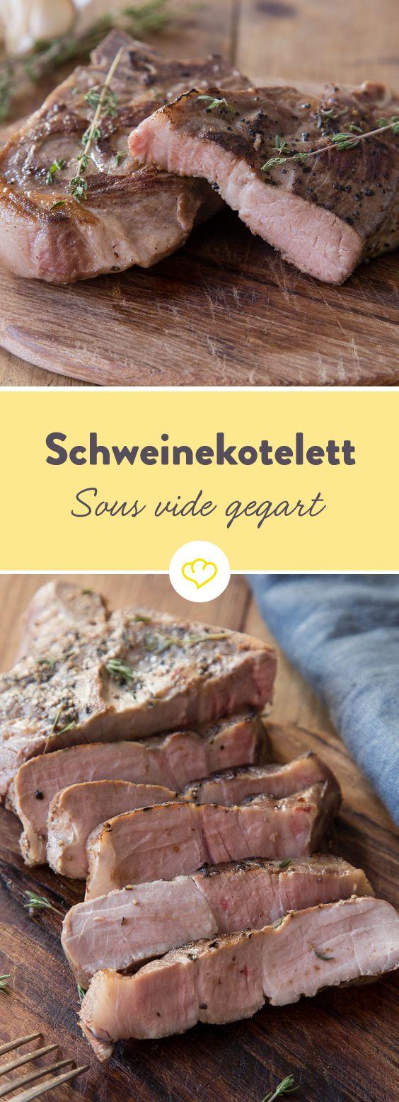 Bevor du den Koteletts in der heißen Pfanne den Feinschliff verpasst, garen sie zunächst bei gemütlichen 60 °C sanft vor sich hin - saftiger geht's nicht.