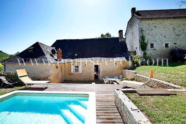 Location de charme avec piscine chauffée à Coly en Périgord Noir | Coins Secrets