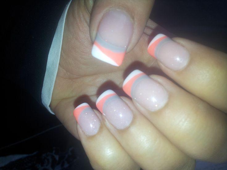 grey and corral nails