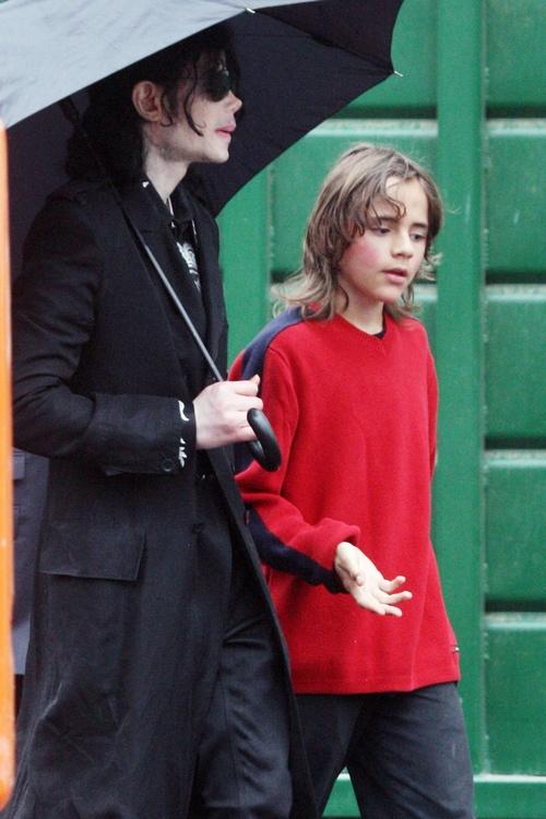 Michael Jackson and his son Prince
