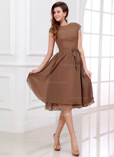 Bridesmaid Dresses - $108.99 - A-Line/Princess Scoop Neck Knee-Length Chiffon Bridesmaid Dress With Bow(s) (007017303) http://jjshouse.com/A-Line-Princess-Scoop-Neck-Knee-Length-Chiffon-Bridesmaid-Dress-With-Bow-S-007017303-g17303
