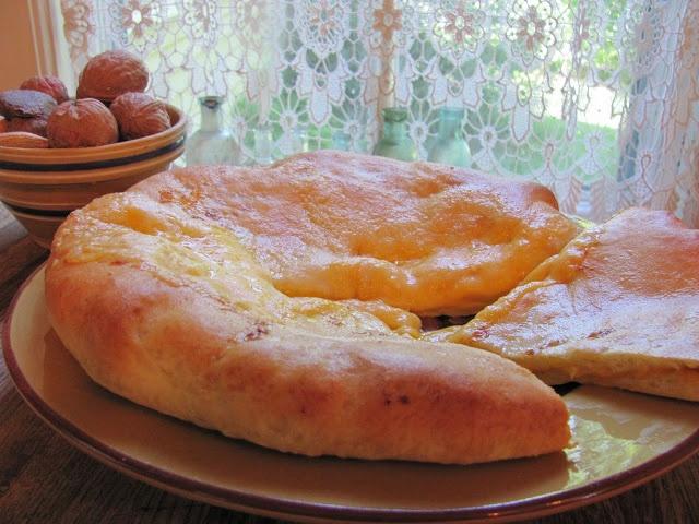 Republic of Georgia (EU) - Khachapuri - Georgian Cheese Bread