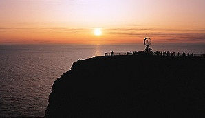 The midnight sun at the North Cape, Norway - Photo: Trym Ivar Bergsmo/Samfoto/Innovation Norway
