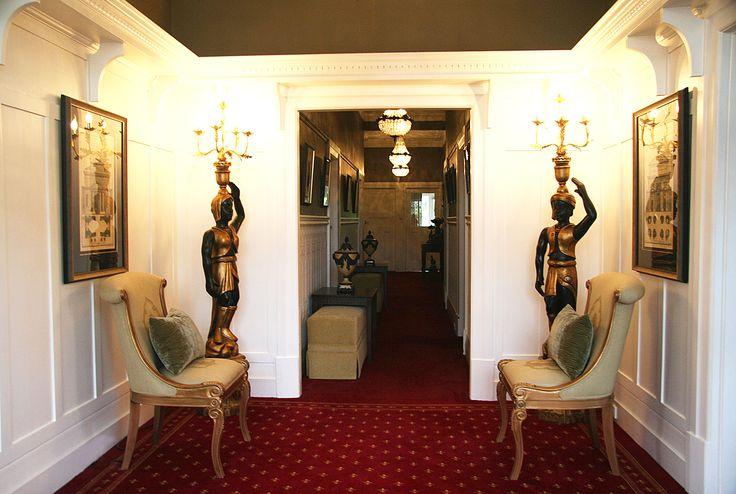 Palatial Entrance designed by JoanneMotee #jarthainteriors #jojartha