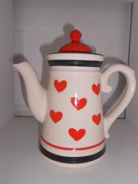 Deko-Highlight    große 70er Jahre Kanne  Steingut Keramik  Zeller Keramik    ---besser bekannt vom Hahn und Henne-Dekor, hier mit zuckersüßen He...
