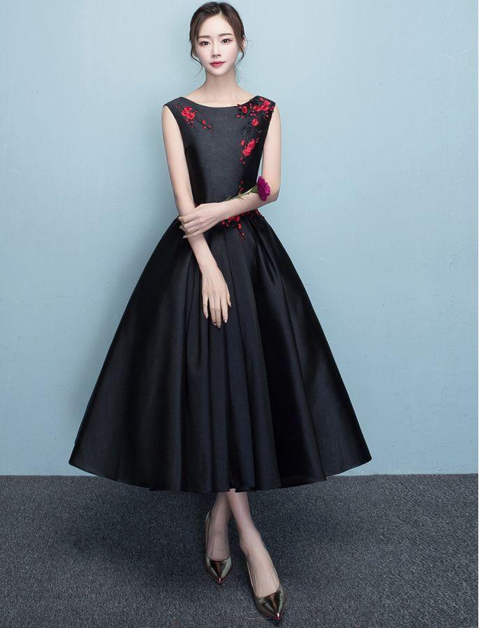 платья в стиле одри хепберн фото данной