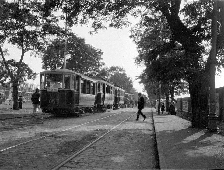 Tramvaj na Letné v roce 1912.