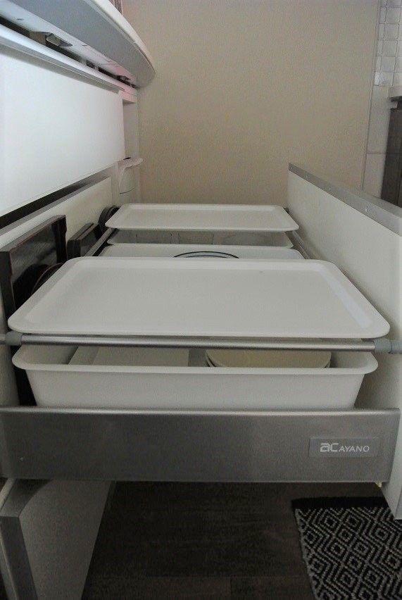 100均 ダイソーのフタを使って収納力up 2段式キッチン収納術