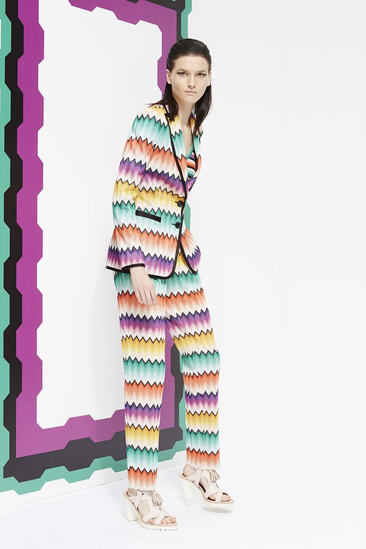 Missoni Resort 2015. Read the review on Vogue.com.