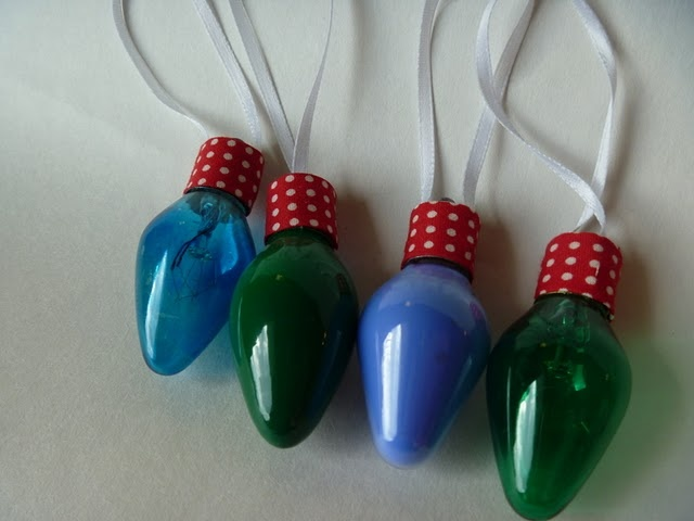one of my favorite things i made for the craftacular last year were these little ornaments made from vintage christmas light bulbs a wom - Vintage Christmas Light Bulbs