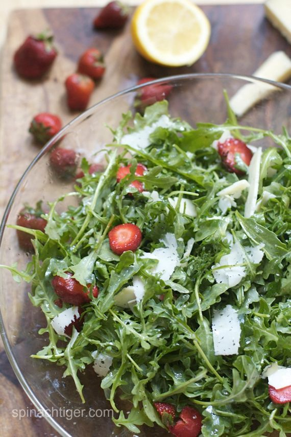 Post image for Arugula with Strawberries and Manchego Cheese