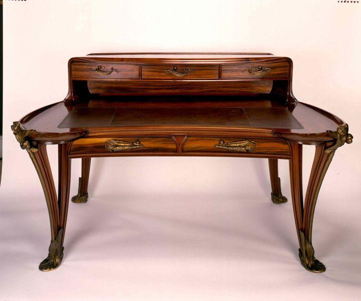 Epingle Par Mabel Aller Sur Muebles En 2020 Meubles Art Nouveau Meubles Art Deco Mobilier De Salon