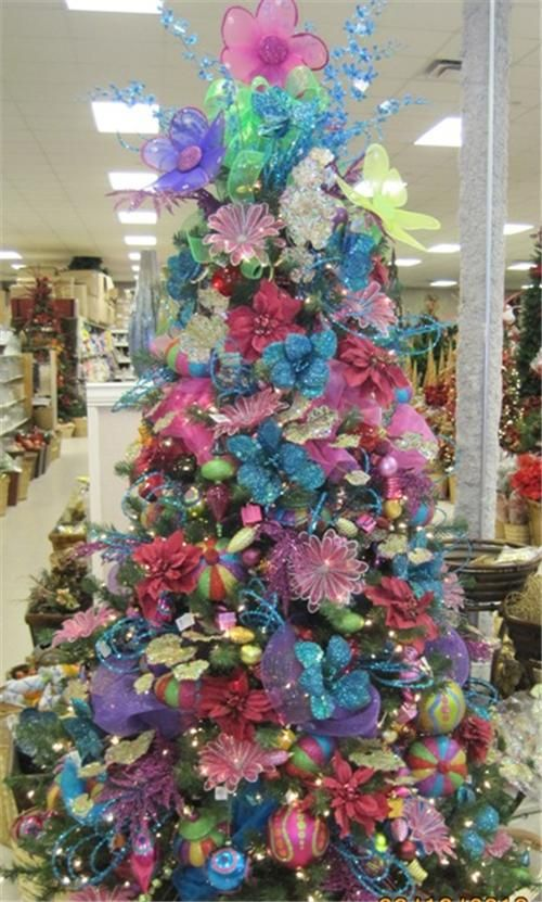 17 best images about christmas in all colors on pinterest for Christmas tree colour ideas
