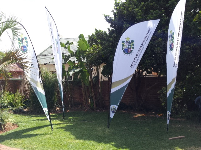 Sharkfin Banners 3m High. Same day printing. Http://www.faceprint.co.za. 20Km Free Delivery in Johannesburg, Free artwork.