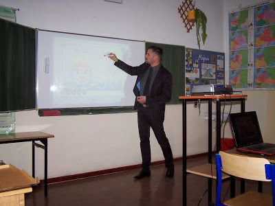 """UCZY.info :: uczyć nowocześnie: Tablica, szkolenie, Moodle i poczta - w """"czteropaku"""" TANIEJ!"""