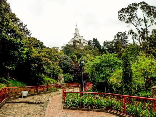 Jardines e Iglesia de Monserrate