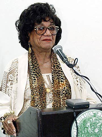 Ruth Fernández was the first: -successful Afro-Puerto Rican female singer -woman to sing in a PR orchestra -Puerto Rican woman to sing popular music at the Metropolitan Opera House in NYC -Latina singer of romantic music to sing in the Scandinavian countries -Latina to record with a North American band. Was a member of the Puerto Rican Senate. She is said to be one of three artists whose contributions have helped unite Latin America. https://prpop.org/biografias/ruth-fernandez/
