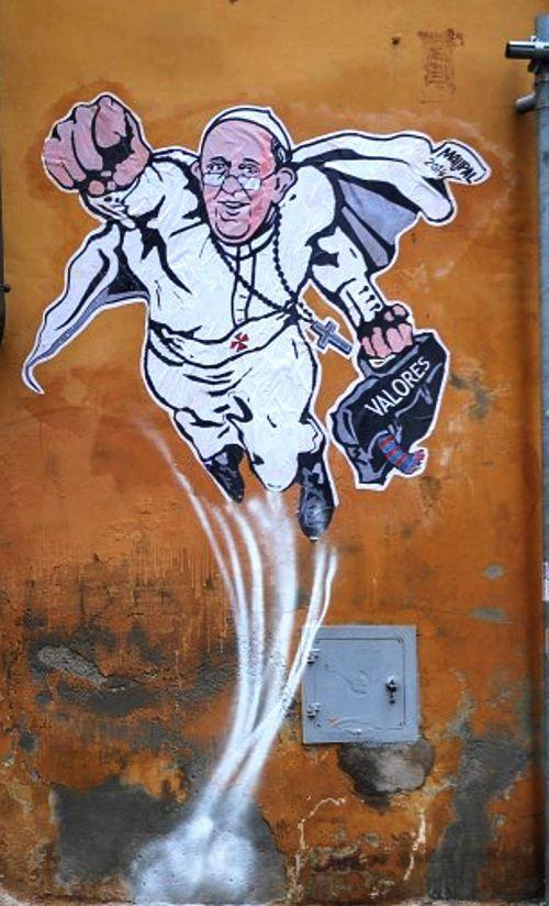 Cancellato Papa Francesco Superman