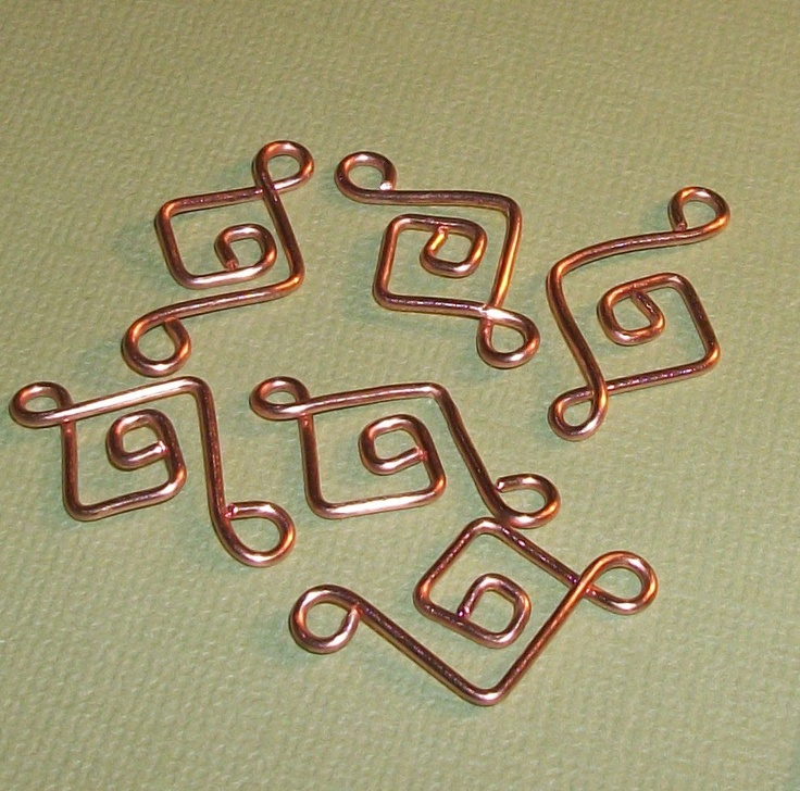 """Another pinner thought it would be a good """"chain idea"""" I agree! Maybe even incorporated into earring design too"""