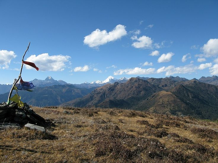 bhutan-mountains-drukpath-1005392934.jpg (1024×768)