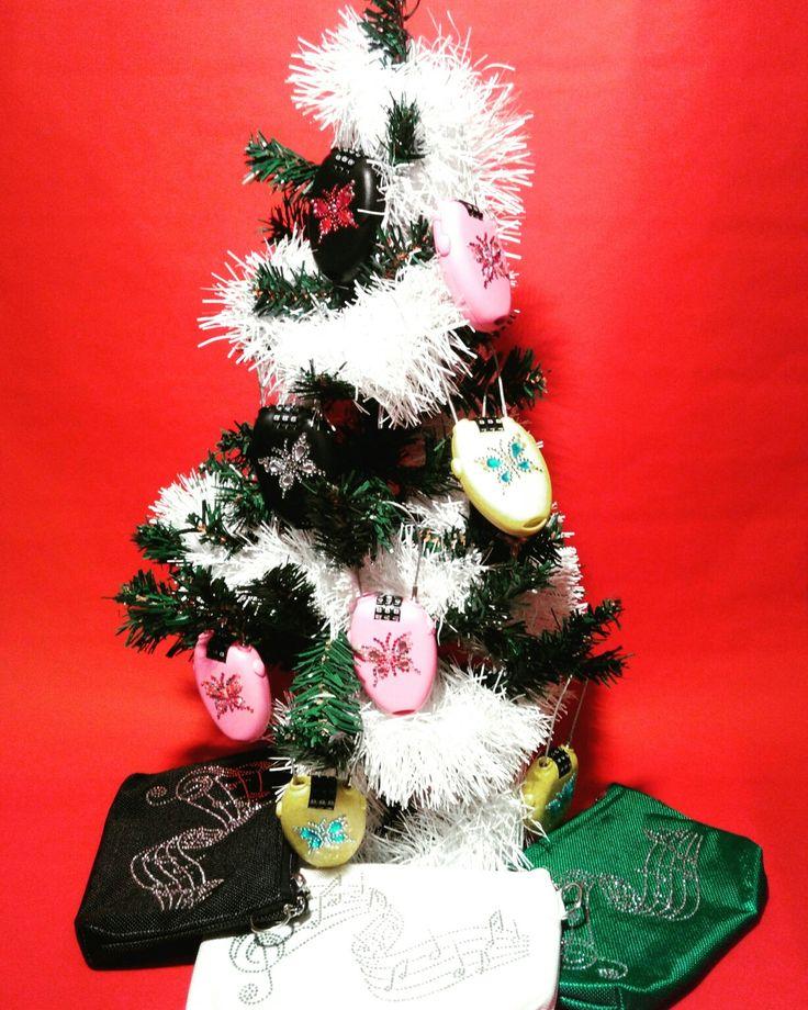 #bag #fashion #style #antifurto #antitheft #lucchetti #ladri #borseggiatori #borsette #fashionbloggers #fashionbag #pochette #supermercato #portafoglio #smartphone #furti #borseggio #folla #ristoranti #piscina #mare #spiaggia #discoteca #balera #balli #passeggino #automobile #mezzipubblici #metropolitana #trolley #christmas #happychristmas #happynewyear #snow #winter #natale #capodanno #neve #regali