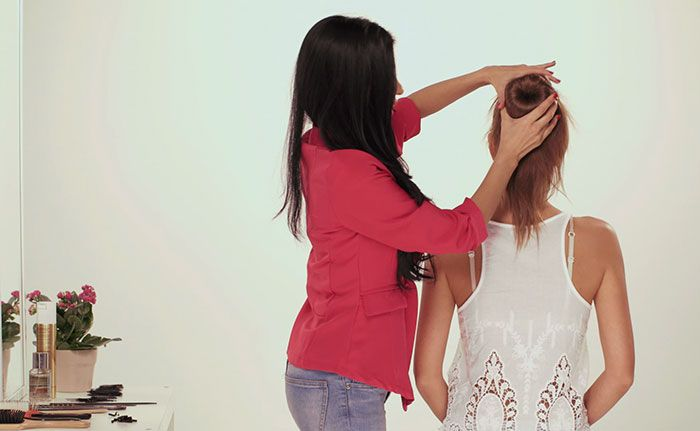 how to put a bun donut in your hair
