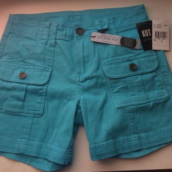 Kut from the kloth Eliot cargo pocket shorts. Pretty aquamarine color! Love the cargo pockets.