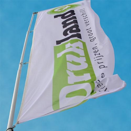 Mastvlaggen, laat de wind door uw logo wapperen.