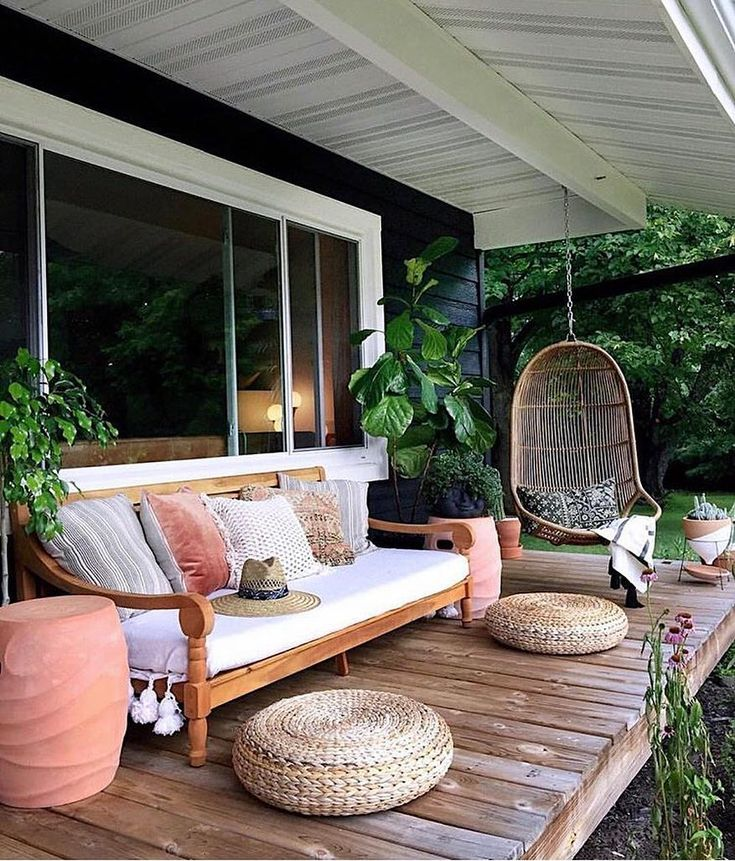 24 Fabulous Front Porch Design Ideas