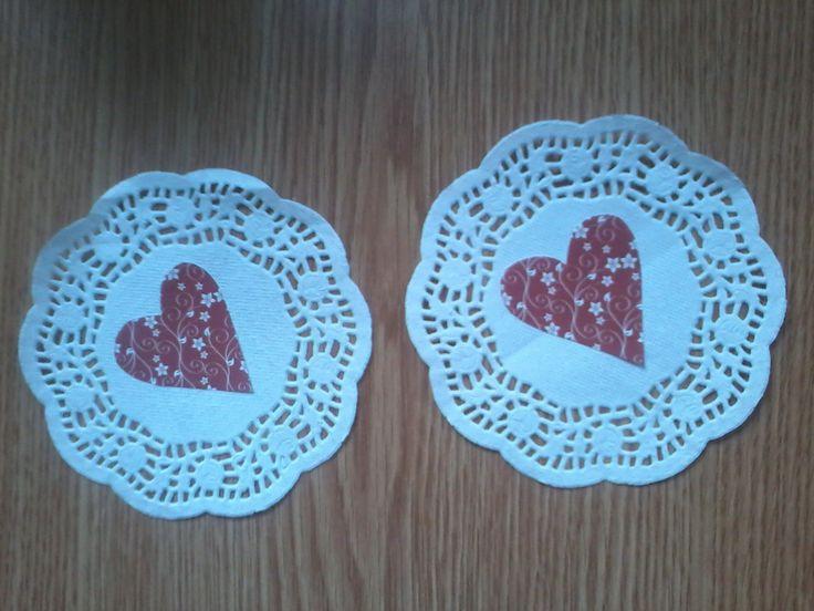 Tortalapon karton szívek (nagyon mutatós egyszerű dísz)