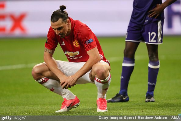 Mino Raiola, agent of Zlatan Ibrahimović, claims that doctors operating on his client's knee were so taken aback by his sheer level of fitness that they wish to use him for further research