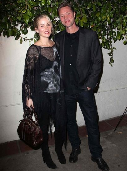 Christina Applegate Wed Martyn LeNoble
