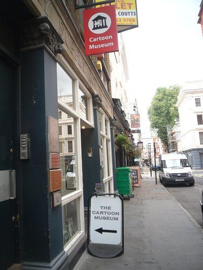 Il museo del fumetto in Little Russel Street - Camden - se non ci siete mai stati...#London #Londra