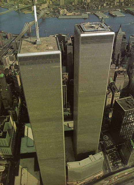World Trade Center Twin Towers, New York City (July 1981) by eralsoto, via Flickr