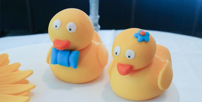 Badeend boetseren in 5 stappen! #cupcakes