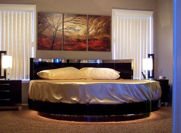Circular beds/furniture