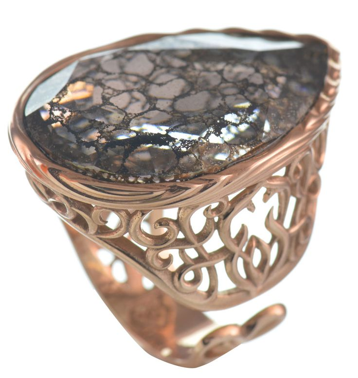 Εντυπωσιακό δαχτυλίδι από ρόζ επιχρυσωμένο ασήμι με πέτρα Swarovski | Για αγορά κλικ πάνω στην εικόνα