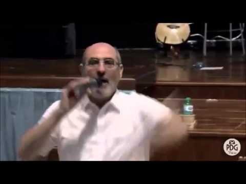 Lirio Porrello afferma che Gesù Cristo tornerà per il 2033!   -------------------> Lirio Porrello, 'pastore' della Chiesa Parola della Grazia di Palermo durante una sua predicazione del 4 ottobr...