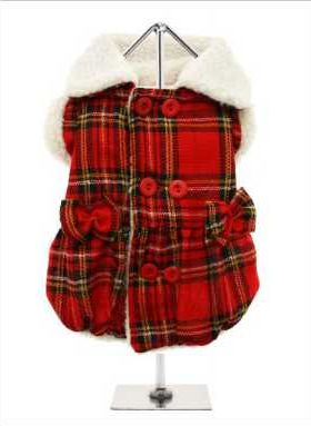 Get with the highland tartan trend and dress your precious pup in this delightful coat. The top-fastening buttons make it easy to dress your pup and add to the look of the coat. While, the box pleats and bows make this coat just too cute for words! The soft lining will keep your pup lovely and warm.