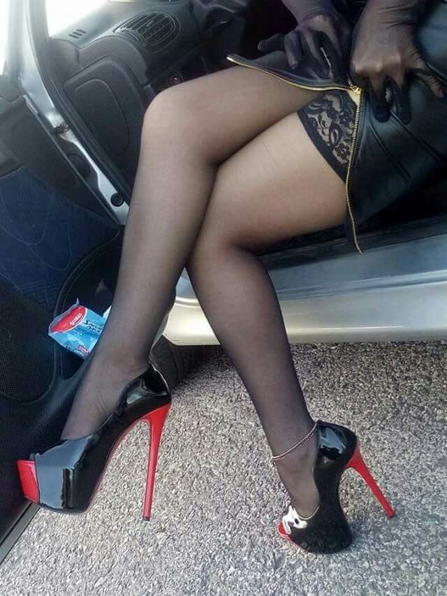 Top thighboot heels pantyhose fetish