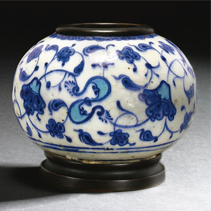 An exceptionally rare early Iznik inkwell or water-pot, Turkey, circa 1525-35