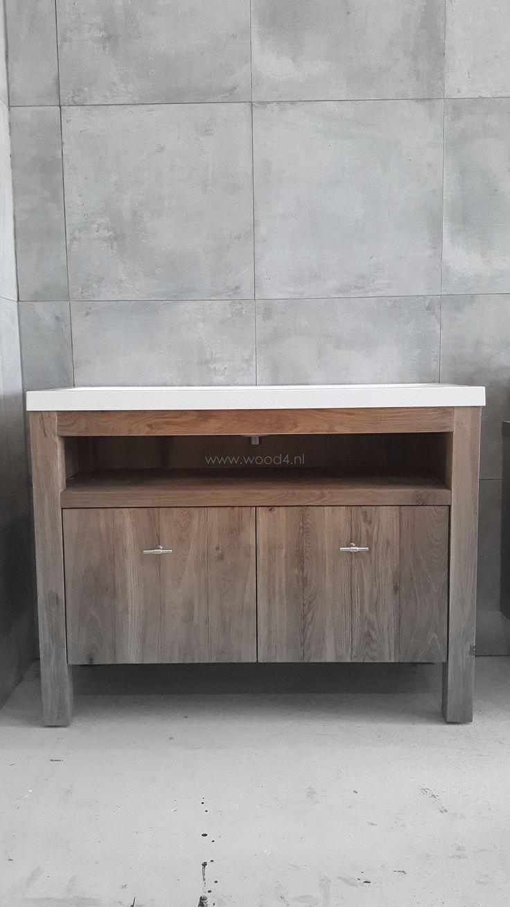 Een badkamermeubel van wood4 is een aanwinst voor de eigentijdse en landelijke badkamer www - Eigentijdse badkamer grijs ...